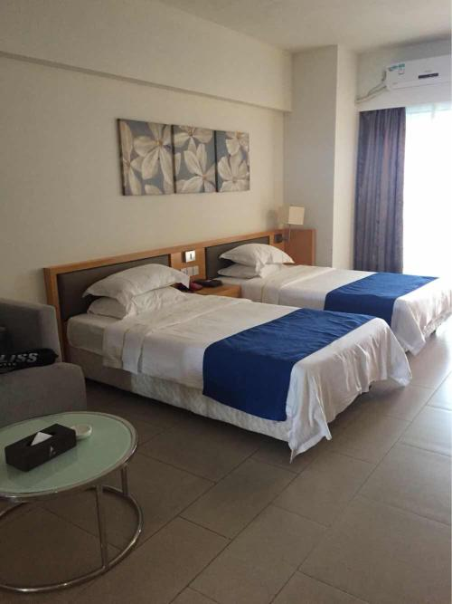 凤凰山水·海公园海景度假酒店房间